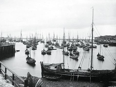 Бухта городка Варде — поморской столицы Норвегии. Фото1900 года.
