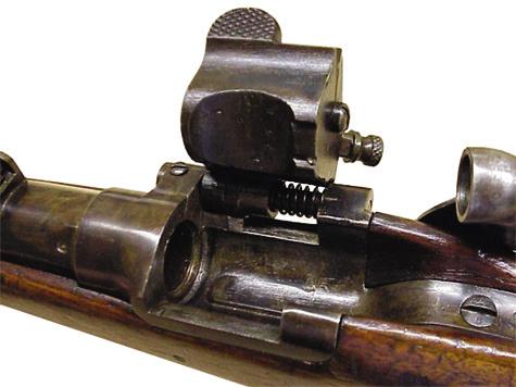 «Французская табакерка». Одна из самых распространенных вмире схем переделки дульнозарядного оружия посистеме Снайдера, во многом схожая ссистемой Крнка.