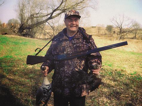 Михаил Перовский на весенней охоте. Фото Сегрея Плановского