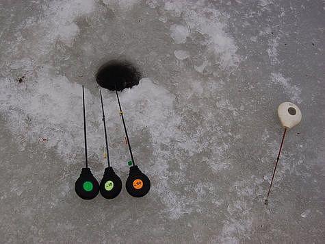 Набор для ловли окуня и плотвы. Фото: Андрей Яншевский.