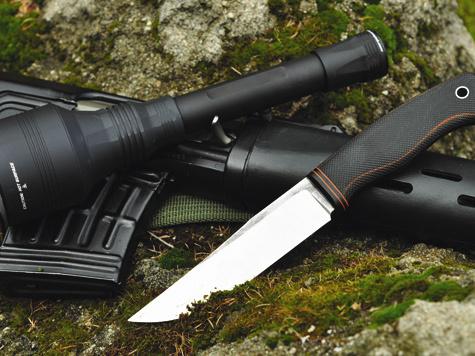 Охотники ценят воружии иснаряжении нетолько красоту, нои сугубо утилитарные качества.