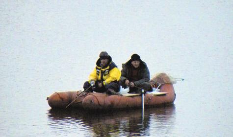 Предзимье - рыбалке не помеха Фото автора