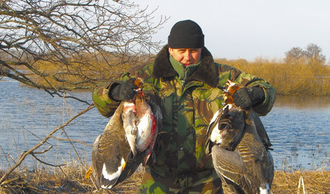 Эдуард Бендерский на весенней охоте в Рязанской области