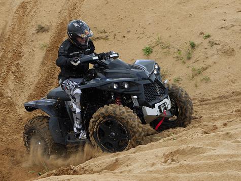Управляемость MBX навысоте! Маневренный, предсказуемый иочень точный вуправлении. Находиться за рулем такого аппарата— сплошное удовольствие.