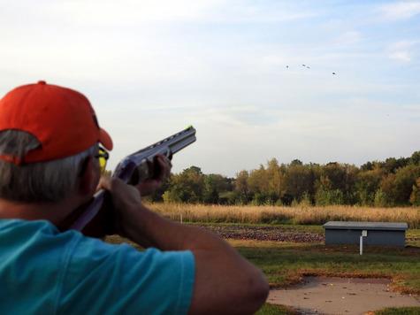 Стреляйте своими или покупными патронами, а в случае промаха или подранка вините только себя, так как ошибки среднего стрелка значительно превышают разбросы ружья и патрона. Фото: fotolia.com