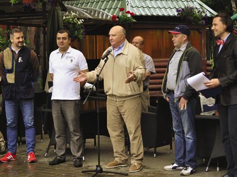 В открытии соревнований приняли участие представители компаний Beretta, «Русский Орёл» и«Спортинг Клуба Москва».