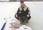 Последний лед на незнакомом водоеме: ищем рыбу