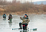 Прелести и опасности рыбалки по первому льду